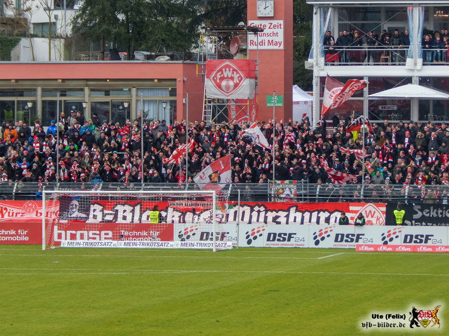 Sieben Thesen zu den Würzburger Kickers