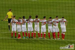 Nur selten stand der VfB so geschlossen wie während des Elfmeterschießens. Bild: © VfB-Bilder.de