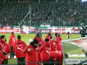 Wieder einmal hat der VfB einen Abwehrfehler ausgenutzt. Bild: © Frankys Stadionpics