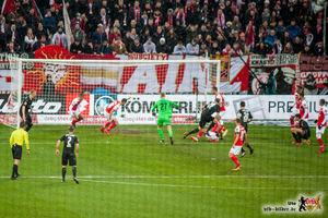 Wieder trifft der Gegner für den VfB, diesmal bringt es nichts. Bild: © VfB-Bilder.de