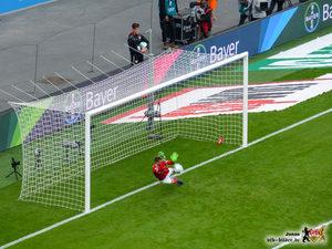 Keine Chance gegen Magic Zieler. Bild: © VfB-Bilder.de