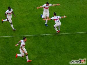 Sie können es selber kaum fassen. Bild: © VfB-Bilder.de