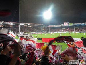 Über diesen Gästeblock kann nur ein Auswärtssieg hinwegtrösten. Bild: © VfB-Bilder.de