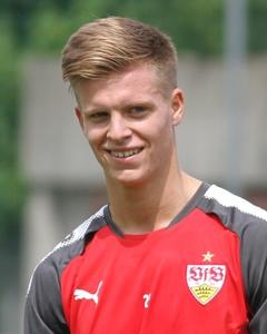 Auch wieder im BVB-Trikot aber selten im Einsatz: Dzenis Burnic. Foto: © VfB-exklusiv