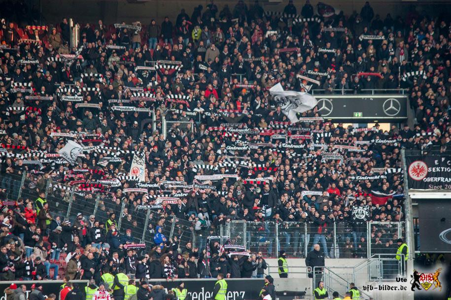 Rund um das Spiel gegen Frankfurt