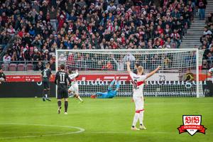 Der Treffer sitzt. Bild: © VfB-Bilder.de