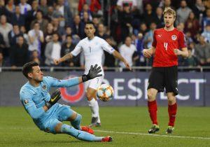 Internationale Verstärkung im Tor: Heinz Lindner könnte im Neckarstadion schon im Tor stehen. © AFP