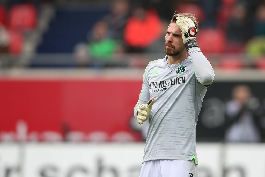 """Hat auch in Hannover """"Ach Ron-Robert""""-Momente: Ex-VfB-Keeper Zieler. © Getty/Bongarts"""