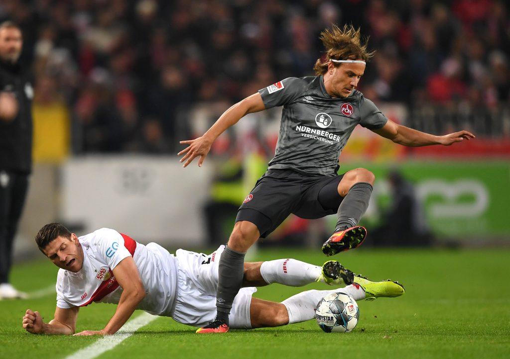 Bekanntes Bild: Der VfB stolpert ins Spiel. ©Getty/Bongarts