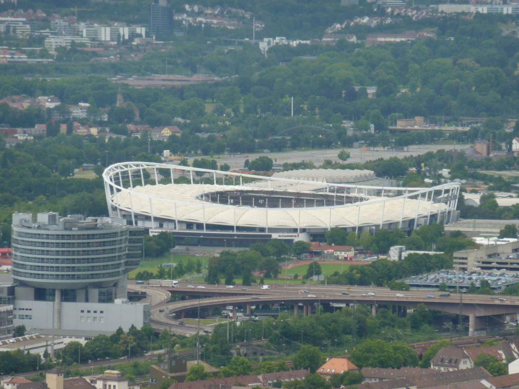 Was kostet der Umbau des Neckarstadions? © Xocolatl/Wikipedia unter CC0