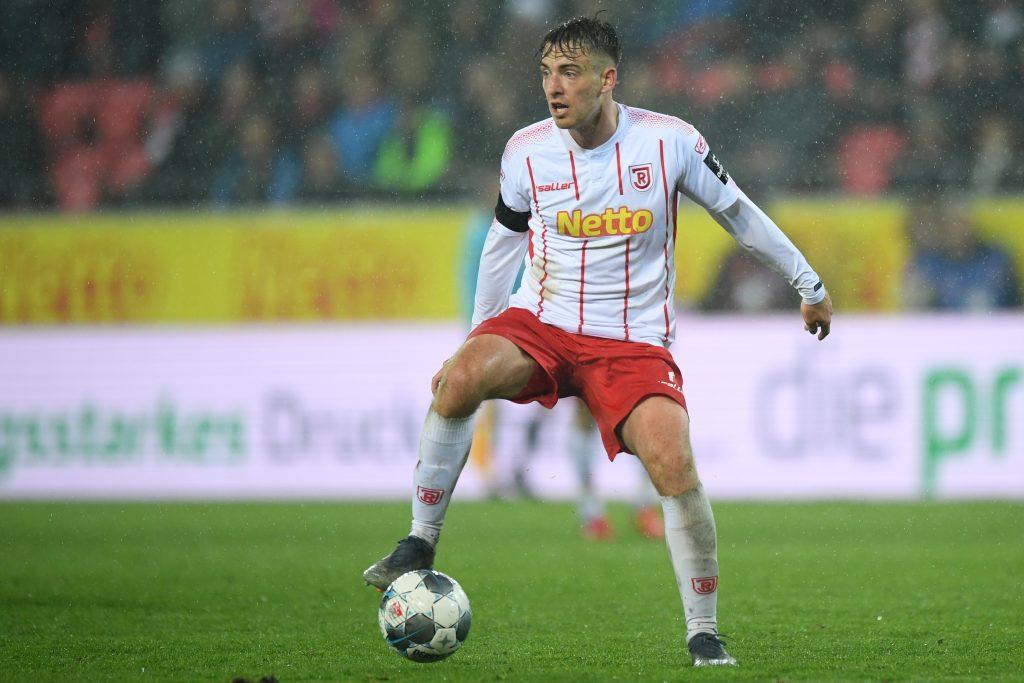Beim VfB Talent, in Regensburg Stammspieler: Max Besuschkow. © Getty/Bongarts