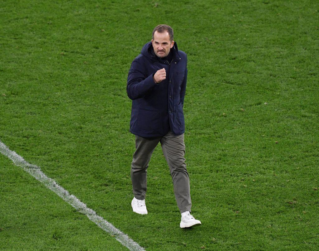 Manuel Baum hat nach dem verpatzten Saisonstart auf Schalke übernommen. © Maik Hölter/TEAM2sportphoto/Pool