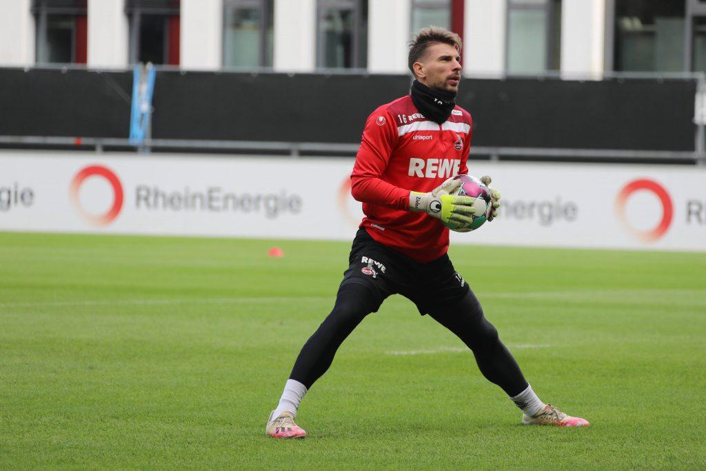 Ex-VfB-Keeper Ron-Robert Zieler stand in Köln bisher nur im Training im Tor. Bild: © imago