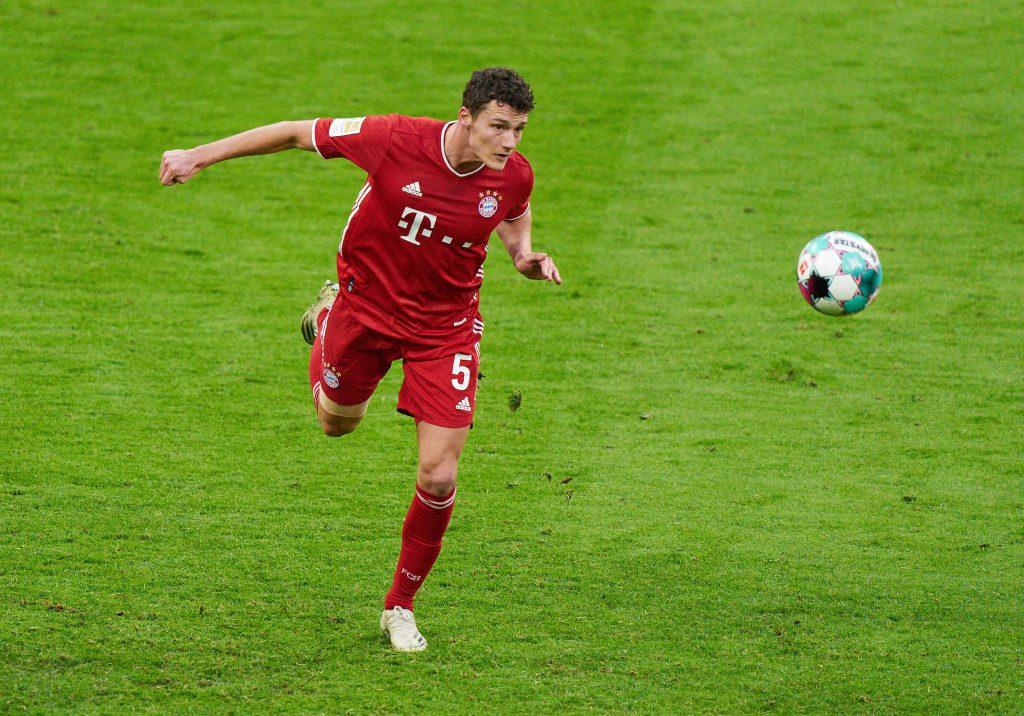 Benjamin Pavard spielt zum ersten Mal gegen den VfB. Bild: © Peter Schatz / Pool