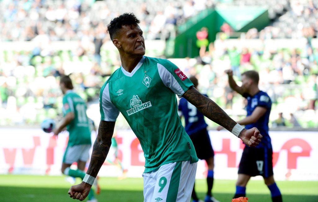Davie Selke, jetzt in grün, kommt aus der VfB-Jugend. © Patrik Stollarz / AFP