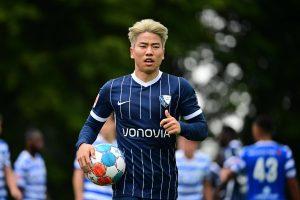 Kann Takuma Asano in einer Liga ohne den KSC überhaupt treffen? © imago